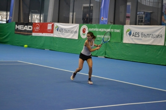 Иванов продължава в Румъния, три българчета са на четвъртфинал в Сърбия