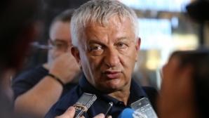 Крушарски: Само гинеколог не е коментирал Локомотив
