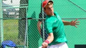 Адриан Андреев стартира с успех във Франция
