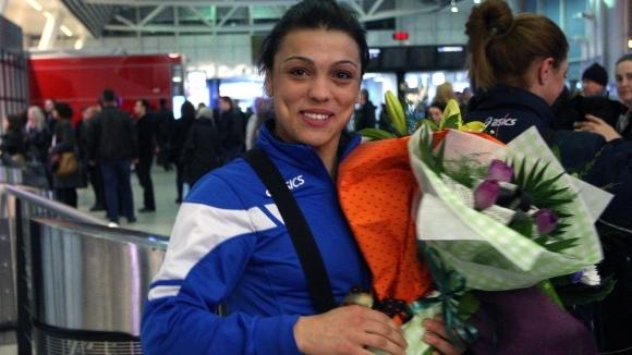 Мими Христова донесе първи медал за България от Европейското по борба