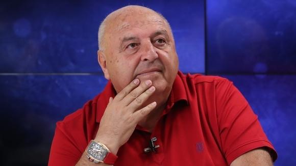 Венци Стефанов: Оптимисти сме за финала, играчите ги чака премия