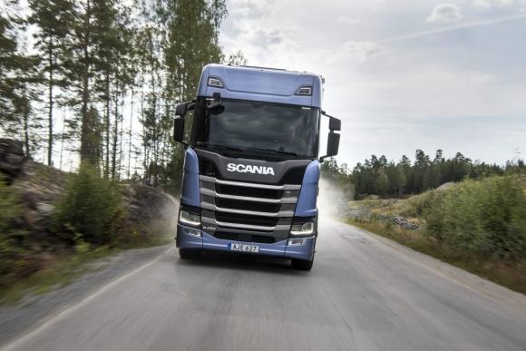 Новото поколение камиони променя представите за шофиране на дълги разстояния