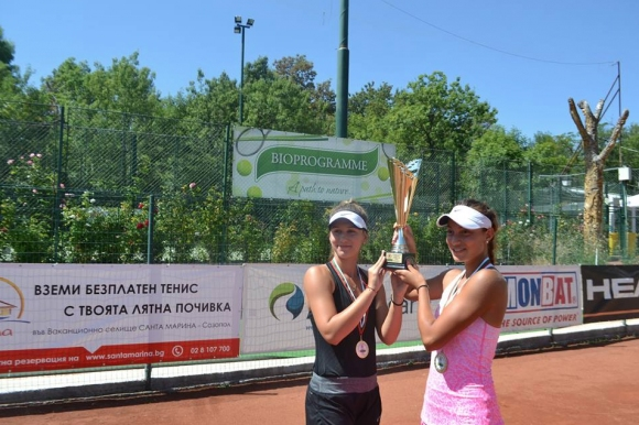Топалова и Аршинкова с нови победи в Кайро