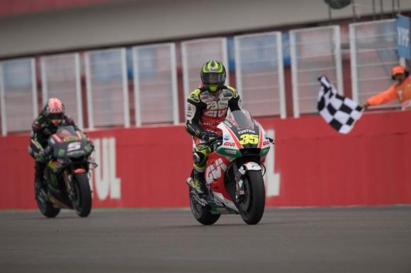 Кръчлоу бе най-бърз във втората MotoGP тренировка, Маркес падна