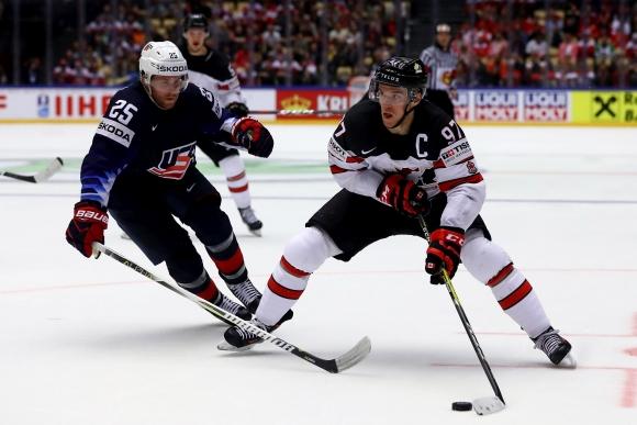 САЩ победи Канада на старта на световното по хокей на лед