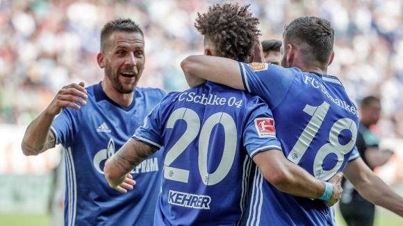 Шалке подпечата участието си в ШЛ с победа над Аугсбург