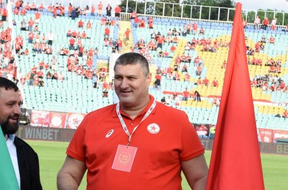 Любо Ганев поведе волейболните легенди на юбилея на ЦСКА (снимки)