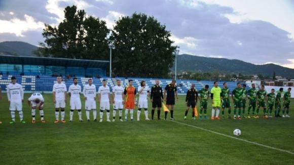 Септември би Балкан в мач на осветление в Трета лига