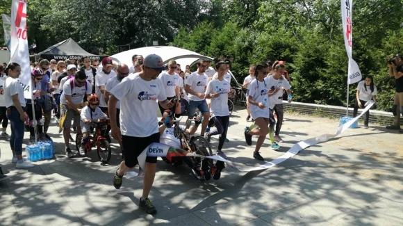 Стотици бягаха в Борисовата градина за каузата Wings for Life