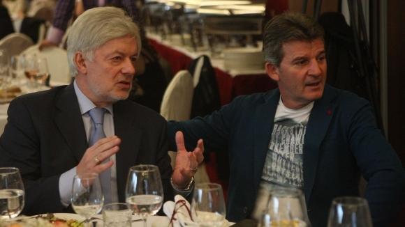 Вальо Михов: Дано двата ЦСКА се обединят, за да не стават циркове