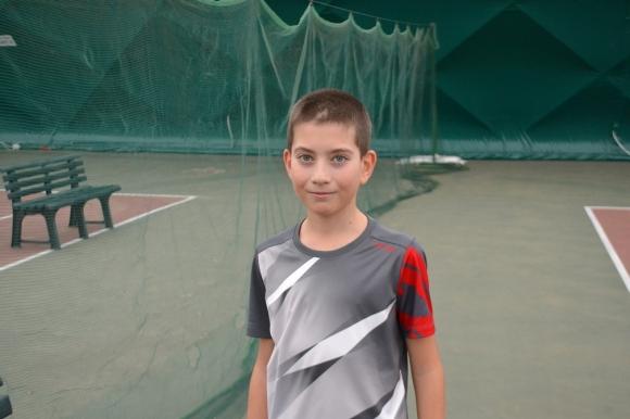 Три български победи на старта в Сърбия