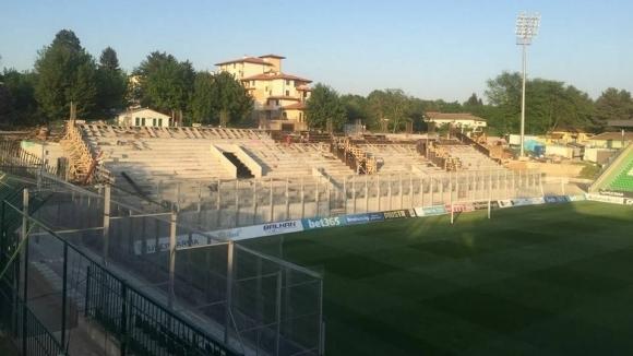 Домусчиев показа новия сектор, призова водещите клубове на България да не играят в руини