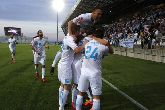 Шампионската мечта на Риека остава жива с разгром над Интер