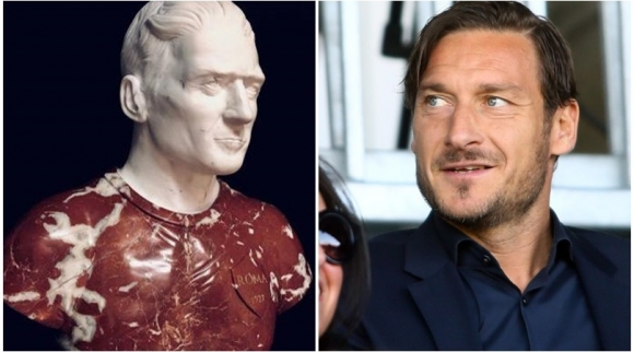 Тоти със статуя в Рим