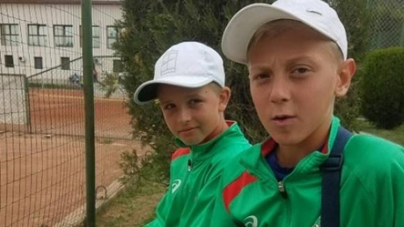 Три българчета на 1/2-финали в Букурещ