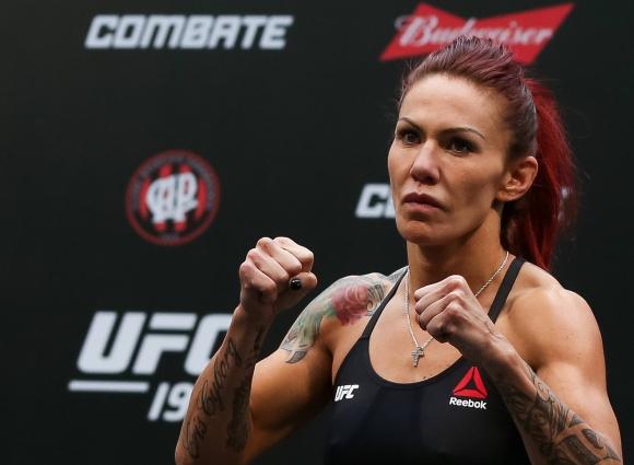 Хвалят чистите от допинг UFC бойци