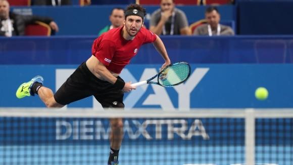 Васко Младенов отстъпи на финала в Тунис