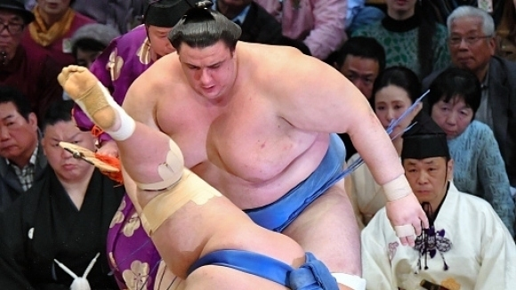 Аоияма спечели за първи път в Токио