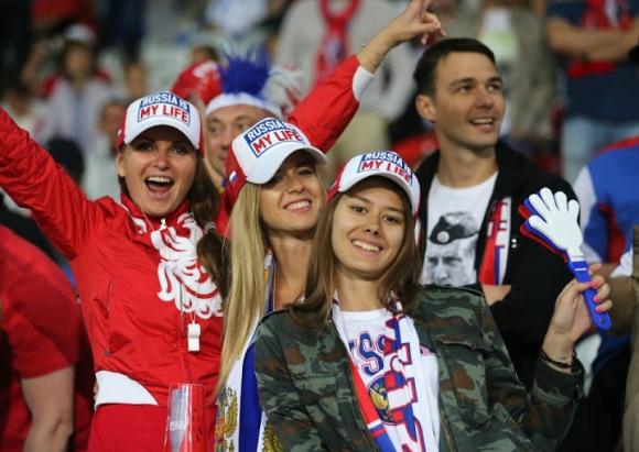 В Аржентина учат националите как да забиват гаджета в Русия