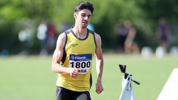 """Мартин Проданов без конкуренция на 800 метра на """"Нови звезди"""""""