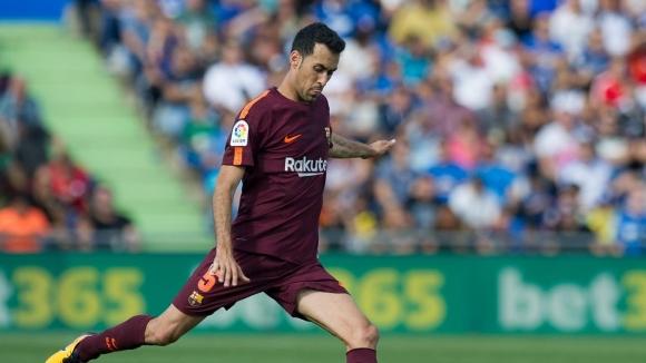 Иниеста съветва Барселона да задържи Бускетс