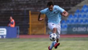 Васил Шопов може да облече екипа на Черно море
