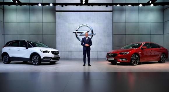 Opel представя нова гама услуги за комуникационна свързаност