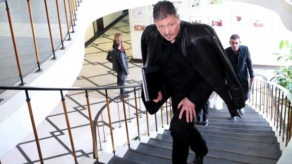 СГС: Искът на Любо Пенев срещу Боби Михайлов и БФС е недопустим, производството се прекратява