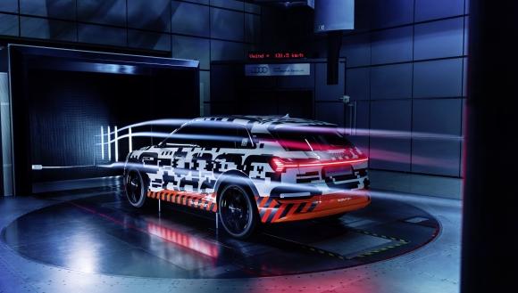 Прототипът Audi e-tron с изключителна аеродинамика