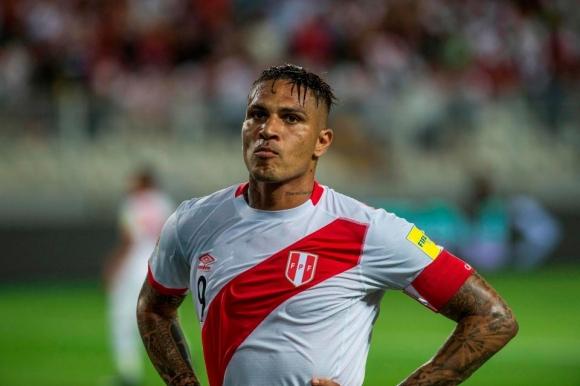 КАС няма да пречи, ако граждански съд даде права на Гереро да играе на Световното