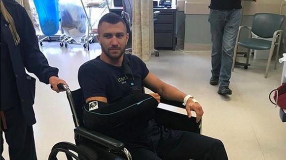 Ломаченко претърпя операция на рамото