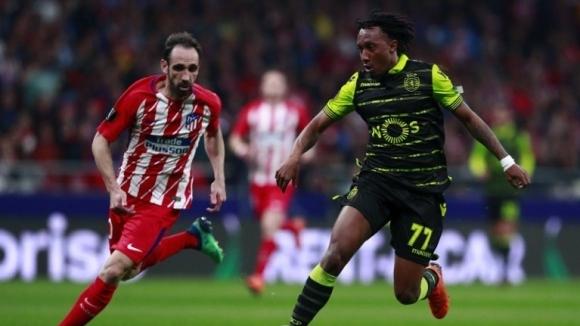 """Арсенал се """"огледа"""" в двама португалски национали"""