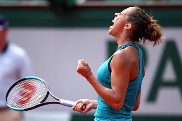 Американка е първата 1/4-финалистка в Париж