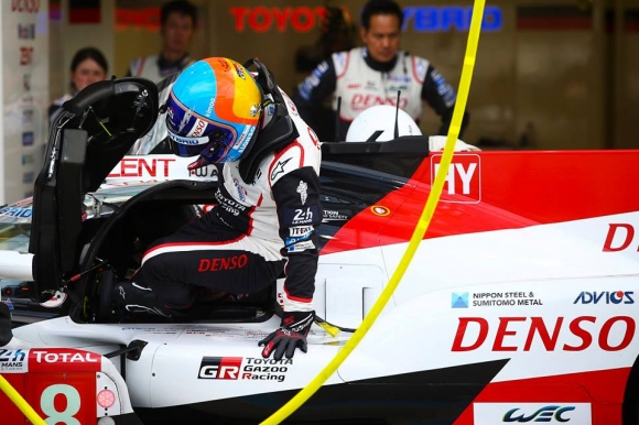 """Алонсо бе най-бърз в първия тест преди """"24-те часа на Льо Ман"""""""