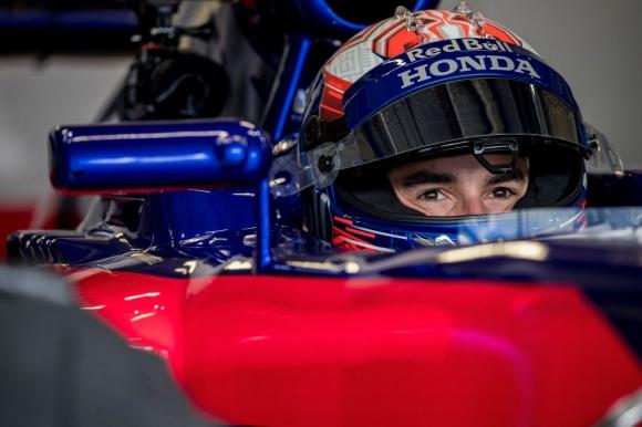 MotoGP шампионът Марк Маркес тества болид на Формула 1 (видео)
