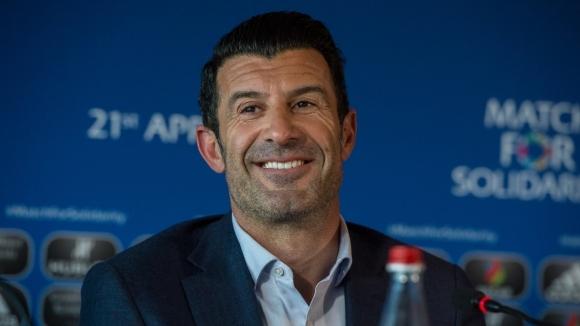 Фиго: Реал Мадрид даде престиж на Кристиано Роналдо