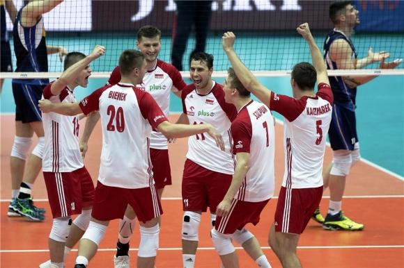 Полша и Италия загряха за България с 5-геймова драма (видео)