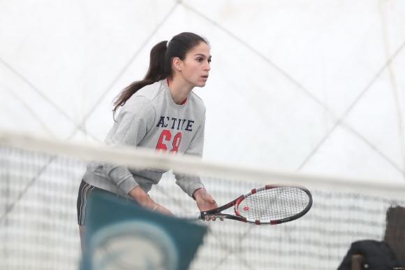 Шиникова и Костова на полуфинал в Чехия
