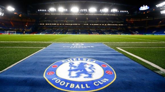 Фен на Манчестър Юнайтед се опитва да купи Челси от Абрамович