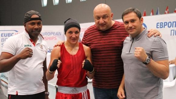 Още две българки с медали от европейското първенство по бокс в София