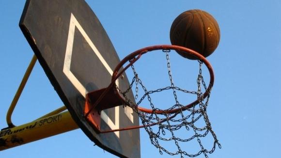 Ново игрище за баскетбол и волейбол се изгражда в Радомир
