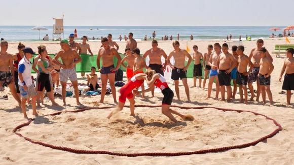 Близо 500 млади спортни таланти участват на Олимпийски летен фестивал Албена 2018