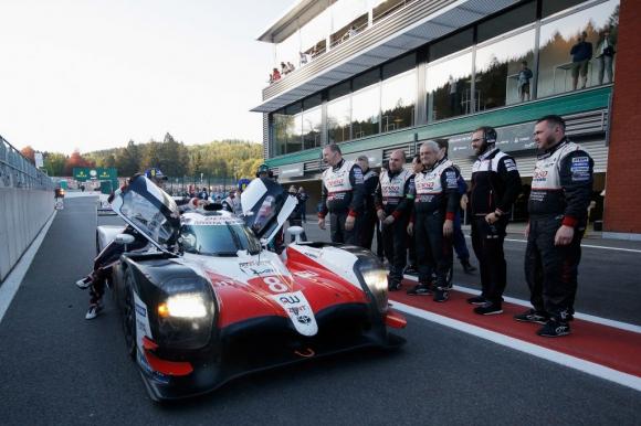 """Toyota не може да си позволи отново грешки в """"24-те часа на Льо Ман"""""""