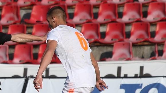 Литекс взе по един футболист от два от изпадналите от Втора лига
