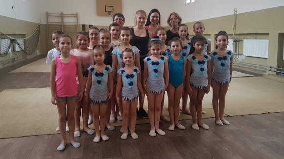 Ерика Зафирова посети млади грации в Пазарджик по покана на Ренета Камберова