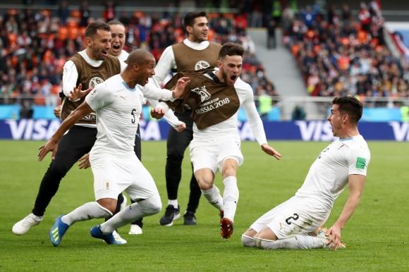 Уругвай успя в последния момент въпреки пропуските на Суарес, Салах гледа от скамейката (видео)