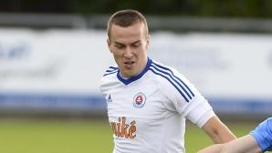 ЦСКА-София чака Секулич преди лагера в Австрия