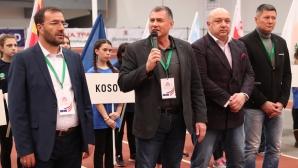 """Карамаринов откри реконструирания стадион """"Динамо"""" в Минск"""