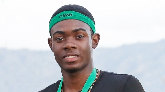 18-годишен се прицели в рекорда на Болт на 200 м