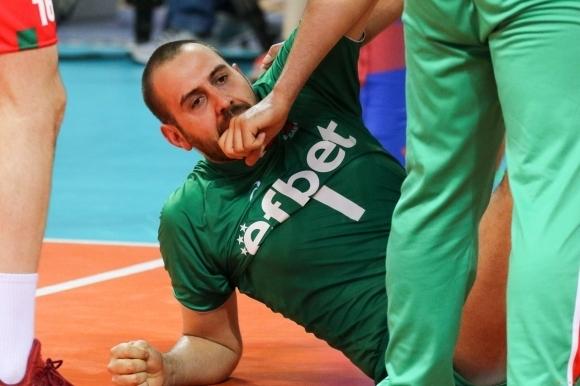 Георги Братоев се размина с операция